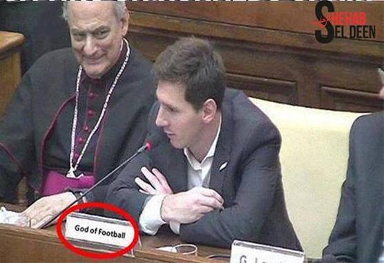 Chỗ ngồi của Messi (Chúa của bóng đá) bá đạo vậy!