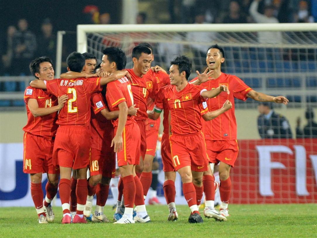BXH FIFA: Brazil tiếp tục tụt thê thảm, Việt Nam dẫn đầu ĐNÁ