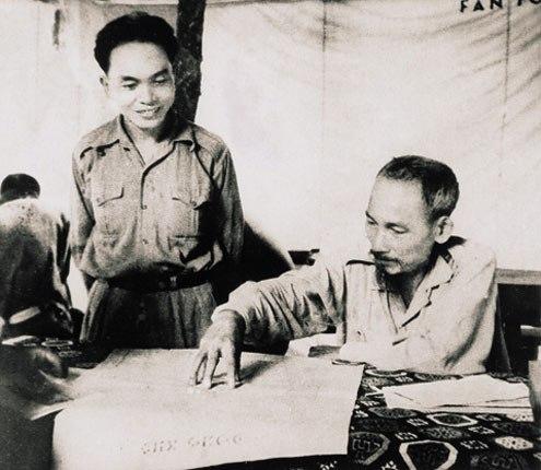 Dân mạng xúc động mạnh trước tin Đại tướng Võ Nguyên Giáp từ trần