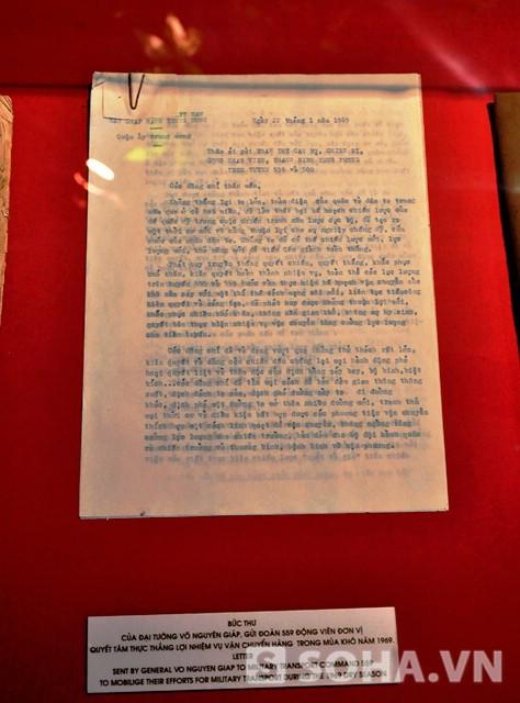 Bức thư của Đại tướng Võ Nguyên Giáp gửi đoàn 559, động viên đơn vị quyết tâm thực hiện thắng lợi nhiệm vụ vận chuyển hàng trong mùa khô năm 1969.