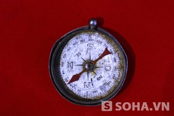 Địa bàn. Đồng chí Võ Nguyên Giáp dùng trong những năm 1944-1945