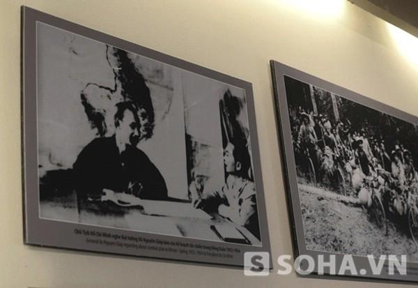 Chủ tịch Hồ Chí Minh nghe Đại tướng Võ Nguyên Giáp báo cáo kế hoạch tác chiến trong Đông Xuân 1953-1954