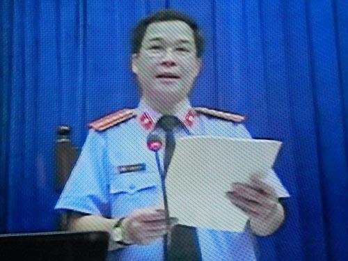 Đại diện viện KS giữ quyền công tố Nguyễn Thanh bình.