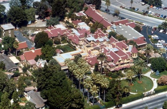 Bí ẩn căn biệt thự ma tại thung lũng Silicon