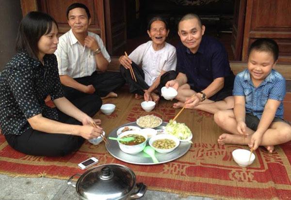 Bất ngờ gia cảnh sao Việt