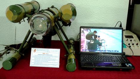 Robot do thám dưới nước Yết Kiêu-01.