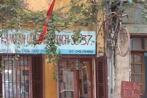 Độc đáo quán ăn bao cấp giữa Thủ đô - Ảnh 1