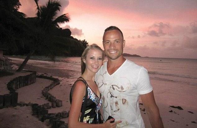 Pistorius đá người đẹp Samantha để đến với nạn nhân Reeva