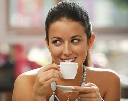 Uống cà phê + Thức khuya: Gây hại khôn lường cho phụ nữ 3
