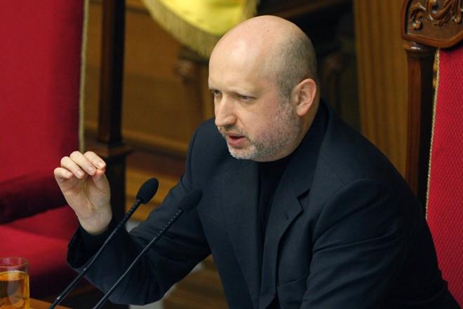 """Hôm 24/3, Tổng thống tạm quyền Ukraina Olekxander Turchinov cho rằng vụ """"bắt cóc"""" ông Mamchur là hành động có chủ đích và kêu gọi lực lượng thân Nga trả tự do cho ông. Ảnh: EPA."""