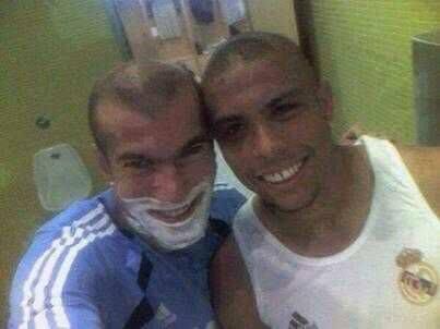 Khi Zidane và Ronaldo béo tự sướng