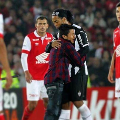 Ngưỡng mộ Ronaldinho