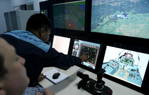 Việc phối hợp giữa các phi công và bộ phận chỉ huy mặt đất thông tin… đòi hỏi chặt chẽ chính xác
