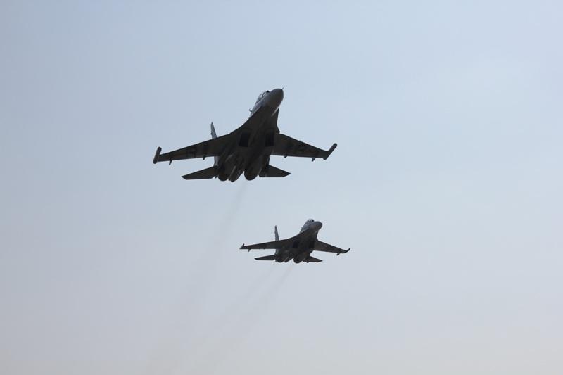 Biên đội Su 30MK2dũng mãnh xuất kích