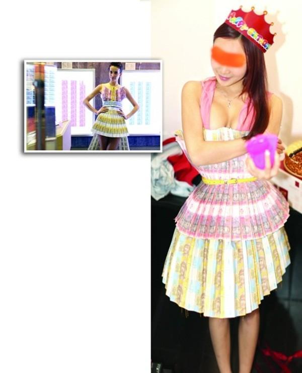 Bộ váy tốn kém của cô gái có tên là Trạch Nhi