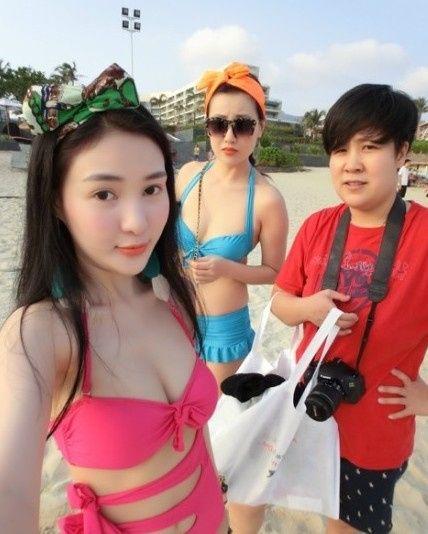 Hot girl tai tiếng Trung Quốc khoe ảnh sexy bên bãi biển 2
