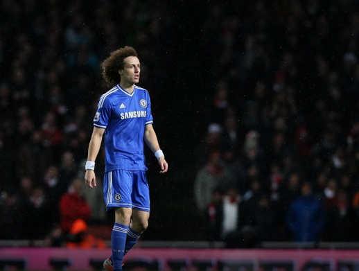 Luiz từng là mục tiêu theo đuổi của Barcelona
