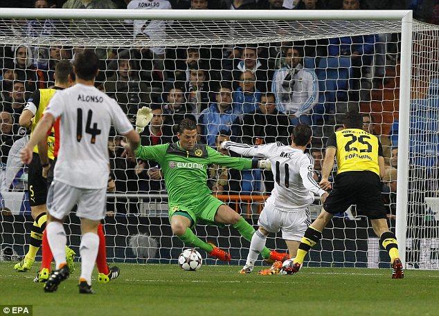 Bale ghi bàn từ rất sớm