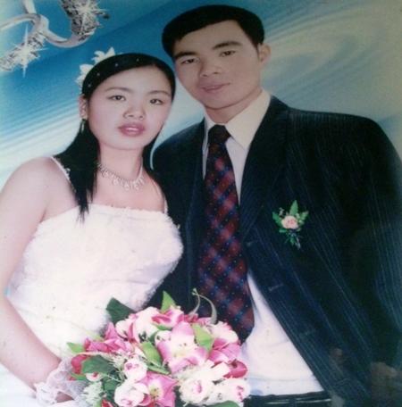 Ảnh cưới của vợ chồng anh Tỉnh chị Lệ.