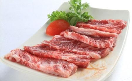 Sơ ý ăn thịt gà, lợn, bò cùng với các thực phẩm sau rất nguy hiểm 5