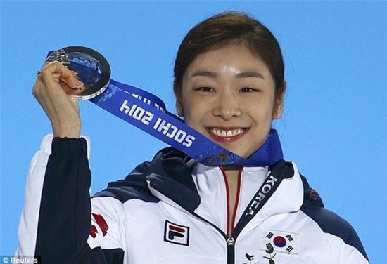 """Gần 2 triệu người lên tiếng đòi công bằng cho """"Nữ hoàng trượt băng"""" Kim Yuna 5"""