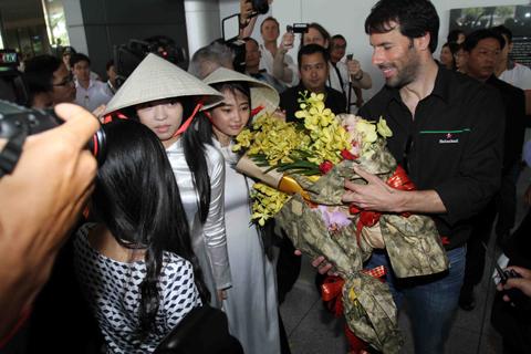 Van Nistelrooy, Việt Nam