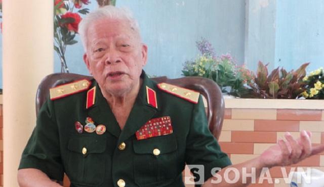 Trung tướng Lê Nam Phong chia sẻ cảm xúc đầu tiên khi nghe tin Trung Quốc kéo giàn khoan HD-918 vào vùng đặc quyền kinh tế, thềm lục địa của Việt Nam thì lòng yêu nước trong ông lại lên hừng hực