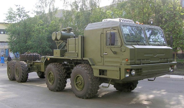 Khung gầm BAZ-6910
