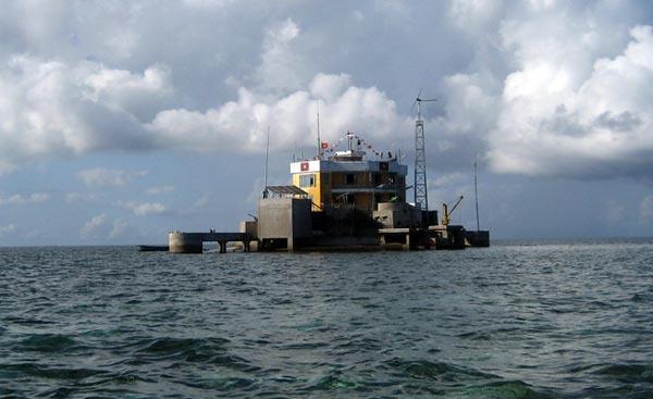 """Đảo Cô Lin ngày nay được ví như """"mắt thần"""" giữa biển Đông."""