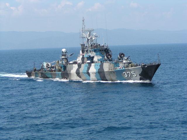 Tàu lớp Kapitan Patimuara có lượng giãn nước 950t, tốc độ tối đa 24,7 hải lý/giờ. Vũ khí trang bị trên tàu gồm có: 1 pháo 2 nòng AK-725 cỡ 57mm, 1 pháo 2 nòng AK-230 cỡ nòng 30mm, 2 bệ phóng tên lửa phòng không SA-N-5, 2 bệ phóng rocket chống ngầm RBU-6000, 4 ống phóng cỡ 400mm và 12 bom chìm