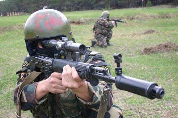 Đặc nhiệm Nga và súng bắn tỉa SVU.