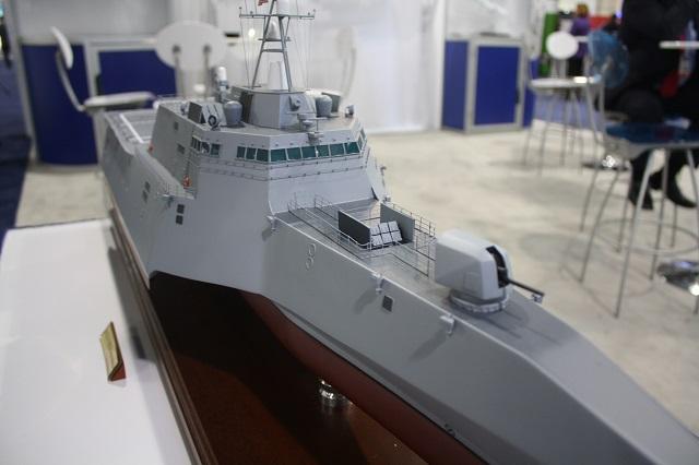 Theo đó ở tàu chiến LCS lớp Freedom sẽ được trang bị tổng cộng 12 tên lửa Naval Strike Missile, còn ở tàu chiến LCS lớp Independence sẽ được trang bị 6 tên lửa bố trí sau tháp pháo (trong ảnh là mô hình tàu chiến LCS lớp Independence).