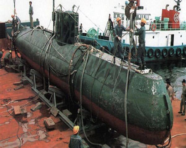 Hình ảnh tàu ngầm mini Yugo xuất hiện trên báo Trung Quốc