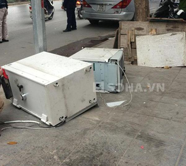 Kẻ trộm bất thành vì máy ATM có hệ thống báo động hiện đại