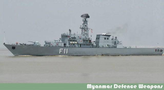 Khinh hạm F 11 Aung Zeya của Hải quân Myanmar.