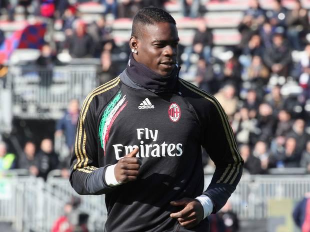 Balotelli đang thuộc biên chế Milan