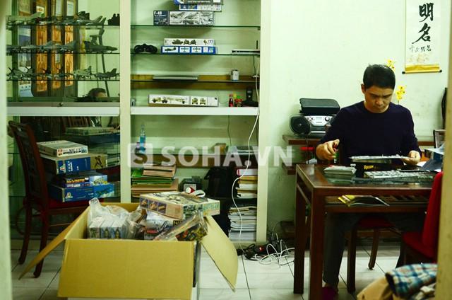 Anh Tuấn có riêng một góc phòng nhỏ trong nhà để dành riêng cho đam mê của mình