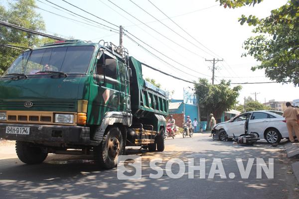 Vụ tai nạn trên đường Hoàng Diệu 2 khiến 1 thiếu nữ bị thương
