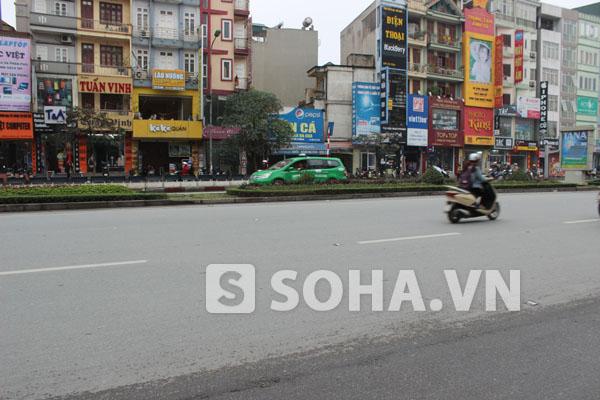 Hiện trường vụ tai nạn đâm xe ở Xã Đàn vào sáng 4/3.