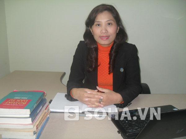 Luật sư Trịnh Cẩm Bình, Giám đốc Công ty Luật Biển Đông.