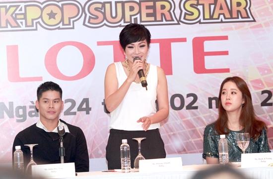Phương Thanh tại buổi họp báo ra mắt chương trình.