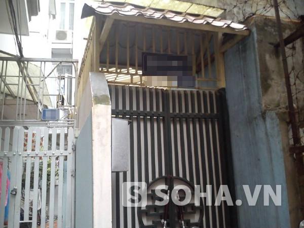 Khu nhà trọ của nữ sinh Hoàng Thị Mai Quyên bị xe đâm 2 lần.