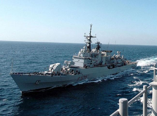 Hiện nay, Philippines đang thực hiện chương trình hiện đại hóa toàn diện quân đội trong đó có lực lượng hải quân. Một phần trong chương trình đó là việc mua sắm các tàu khinh hạm mới có trang bị tên lửa, tuy nhiên việc mua sắm các tàu này hiện vẫn dậm chân tại chỗ và chưa có bước tiến triển mới. Từng có thông tin Philippines muốn mua khinh hạm tên lửa Maestrale của Italia. (Trong ảnh: Khinh hạm Maestrale với lượng giãn nước 3.100 tấn)