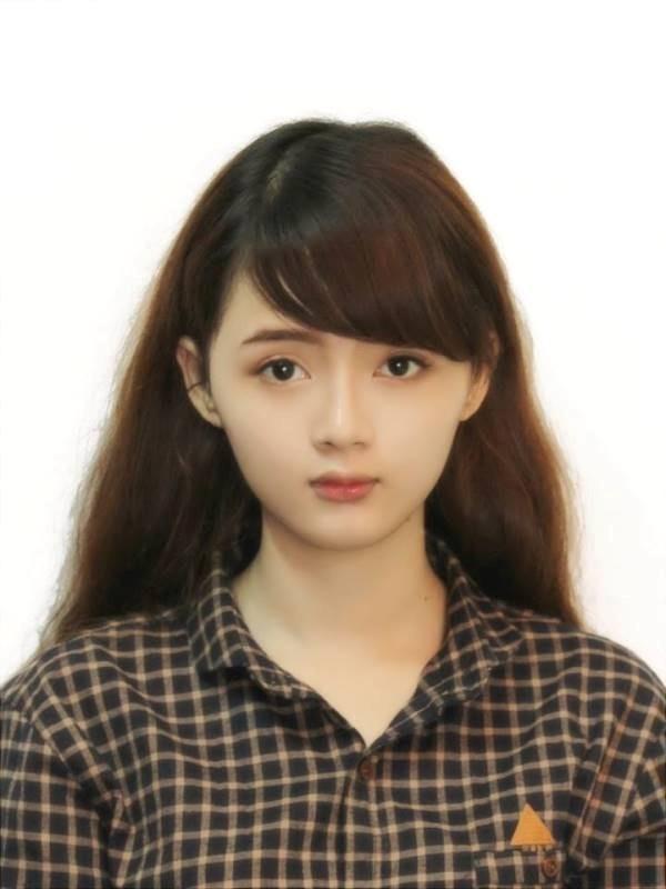 Bức ảnh thẻ xinh đẹp của Lan Hương khiến dân mạng phát sốt