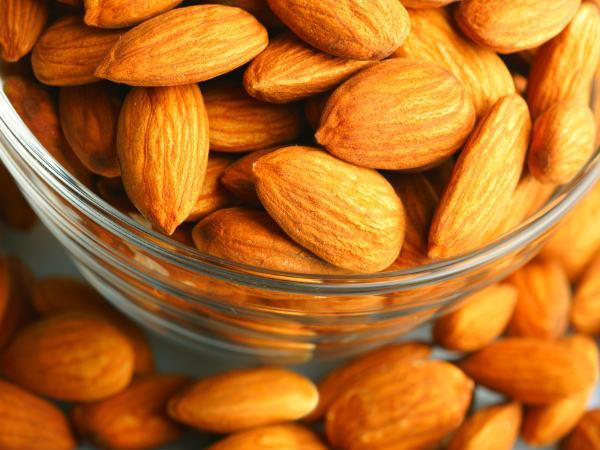 Những thực phẩm giúp xương khỏe mạnh, tránh bị loãng xương - Ảnh 3.