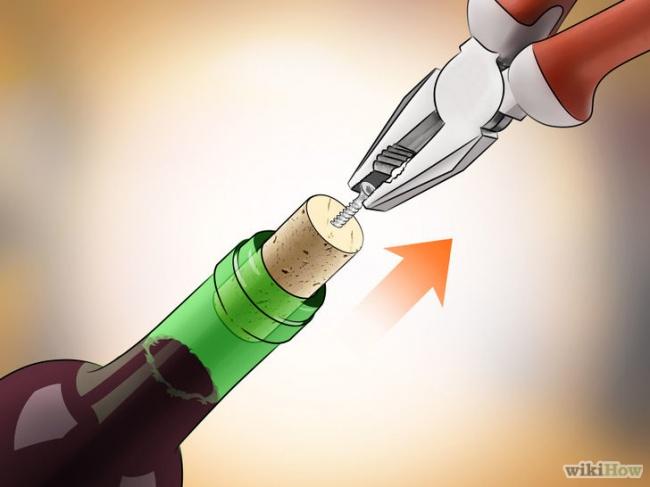 Những bí kíp mở rượu vang không cần dụng cụ mà quý ông nào cũng phải biết! - Ảnh 2.
