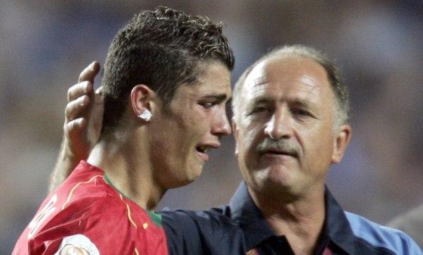 """""""Bí kíp xấu xí"""" của Mourinho sẽ cứu rỗi Bồ Đào Nha - Ảnh 2."""