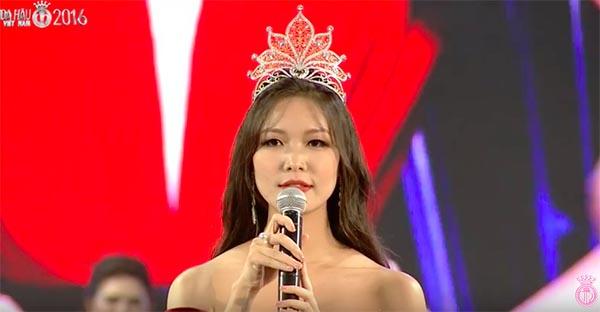 Cách mặc không thể nóng hơn của Hoa hậu Thùy Dung - Ảnh 5.
