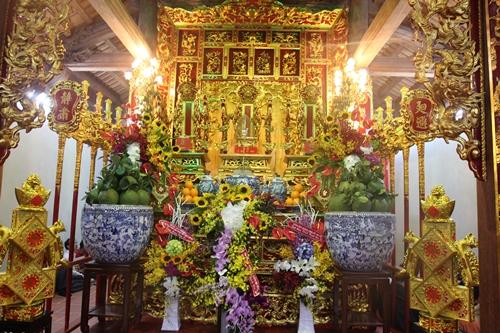 Cận cảnh bên trong nhà thờ trăm tỉ tráng lệ của Hoài Linh - Ảnh 6.