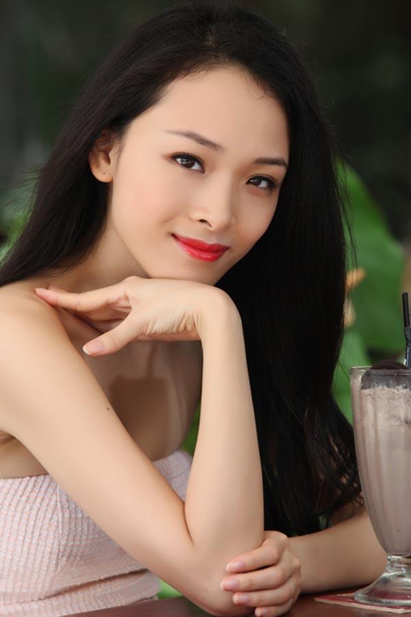 Trương Hồ Phương Nga đã làm điều rất khó tin trong showbiz Việt - Ảnh 1.